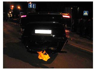 В центре Тамбова «двенашка» опрокинула Mercedes