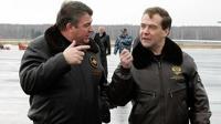 Министр обороны обматерил Медведева в своем кабинете