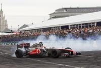 Лучшие команды «Формулы-1» едут жечь в Россию