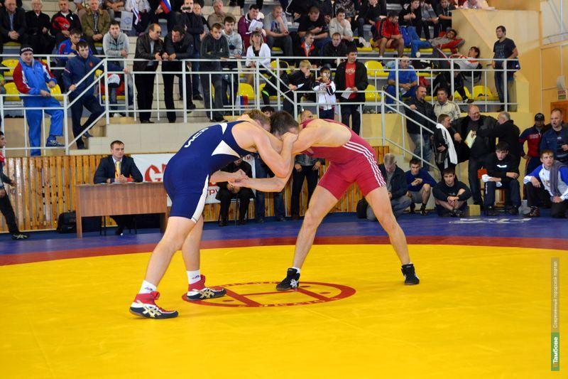 В Тамбове завершился турнир по греко-римской борьбе
