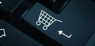 Чаще всего россияне покупают у зарубежных интернет-продавцов одежду и обувь