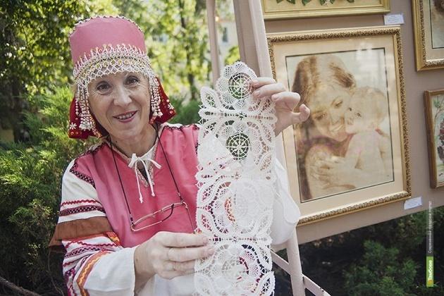 На поощрение деятелей культуры выделили 9 миллионов 421 тысячу рублей