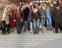 Пешеходов хотят штрафовать за разговор по мобильному