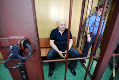 Суд отказался освободить из-под ареста главного военного врача РФ