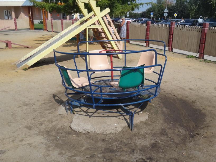 В Рассказово установили 18 детских площадок