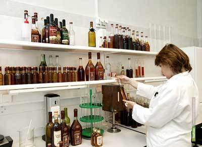 Тамбовский Роспотребнадзор проверил точки, торгующие алкоголем