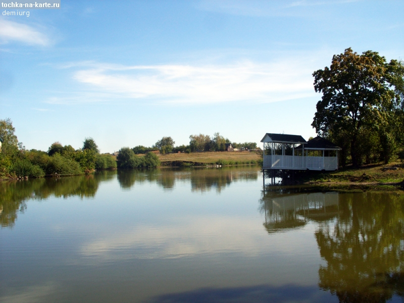 В Уварово благоустраивают старый пруд