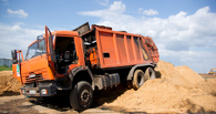 Водителя загоревшегося в Тамбове мусоровоза поблагодарят за хорошую работу