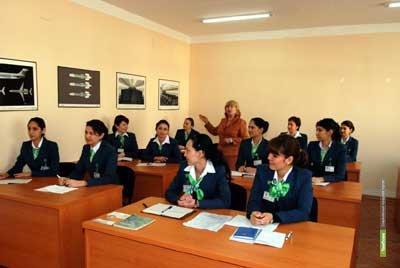 Андрей Фурсенко выступил за поэтапную сдачу экзаменов в школе