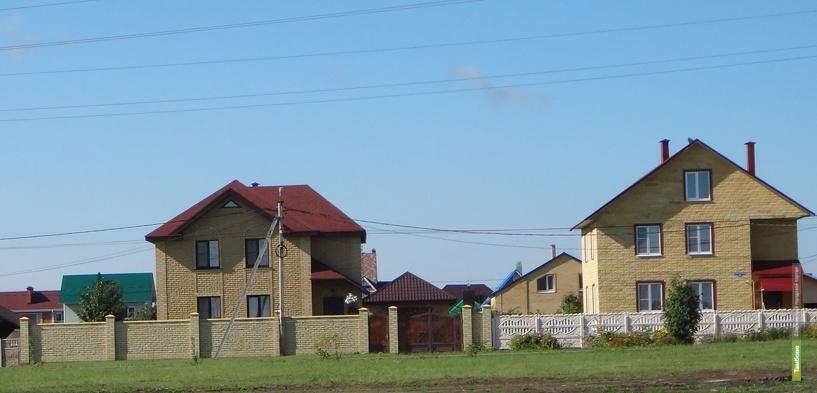 Многодетные семьи начали строить дома в Майском