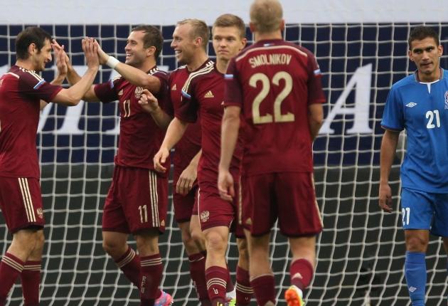 Сборная России по футболу разгромила азербайджанцев в товарищеском матче