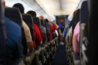 От Госдумы вновь требуют принять закон о черных списках авиапассажиров
