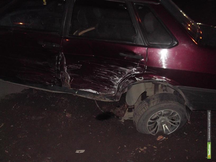 Под Тамбовом столкнулись три авто