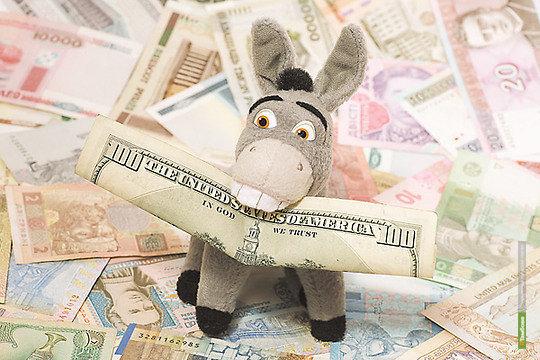 Почти каждый третий россиянин опасается дефолта в США