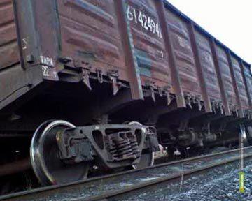 Под Тамбовом вагон поезда практически сошел с рельсов