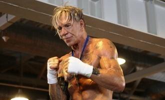 Летом Микки Рурк приедет в Россию на боксерский поединок