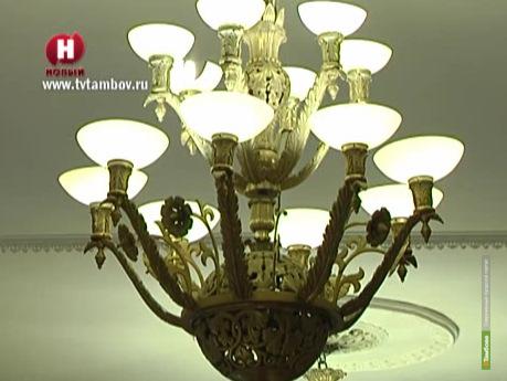 Исторически ценные люстры тамбовского ГУМа могут оказаться подделкой
