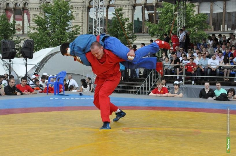 Тамбовчане поборются в Москве за титул «заправского борца»