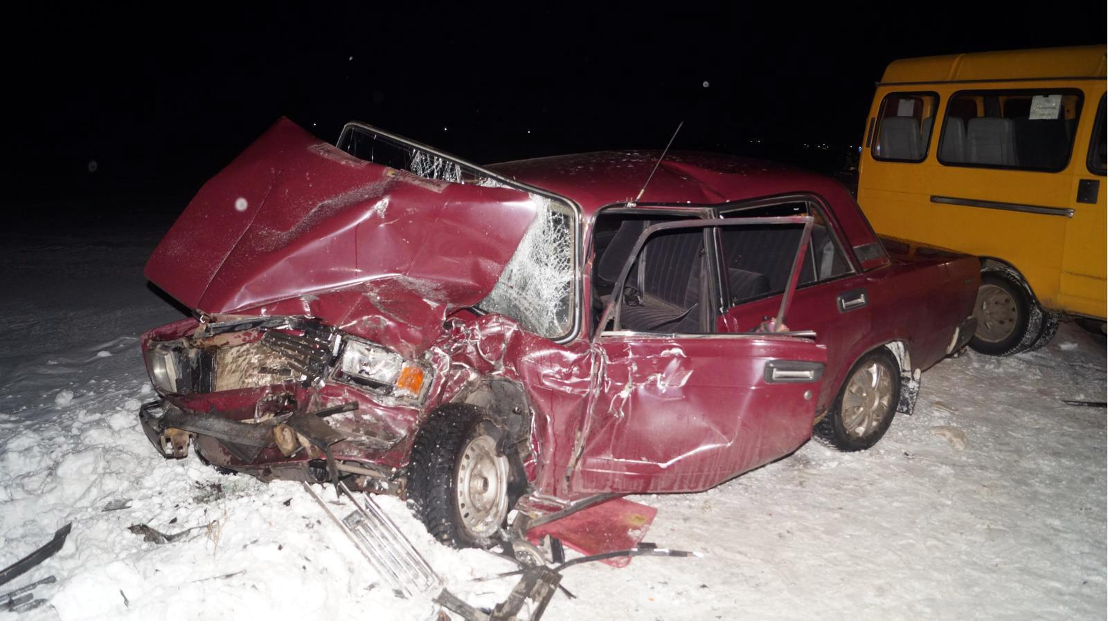 ВМичуринском районе «ГАЗель» врезалась в«семерку»: пострадали оба водителя