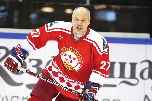 В Мичуринск приедет олимпийский чемпион по хоккею