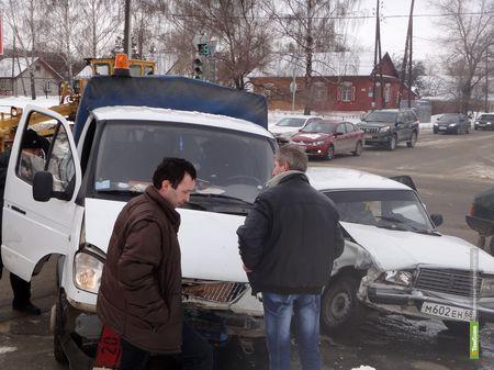 Тамбовские автоинспекторы выяснили профессию виновников ДТП