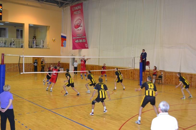 Тамбовские волейболисты провели две встречи с «Поволжьем»