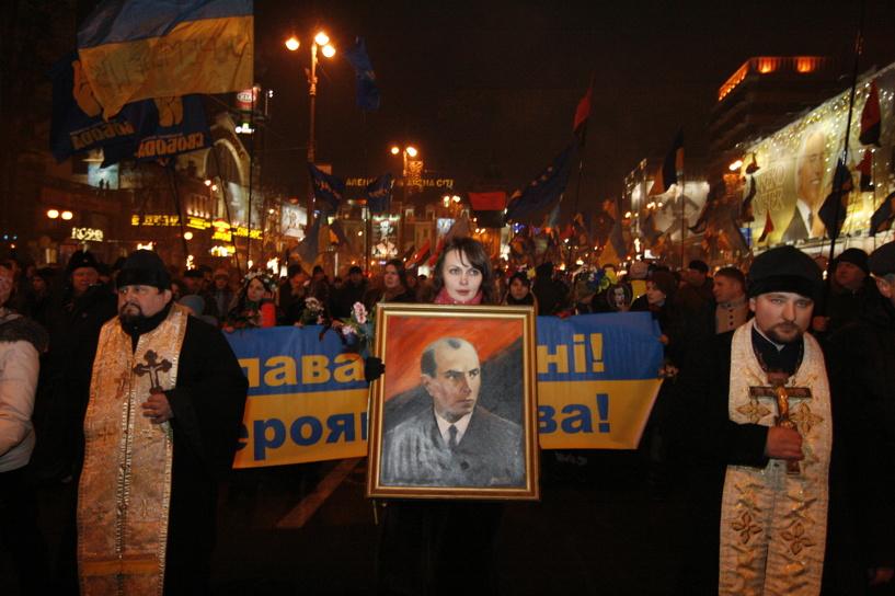 СКР начал собственное расследование нападения на российских журналистов в Киеве