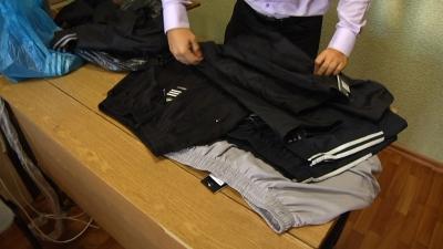 Тамбовчанка купила на Центральном рынке «липовый» Adidas