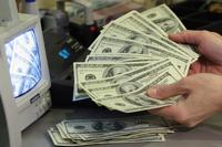 Запрещено запрещать: ограничение доллара в России эксперты считают глупостью