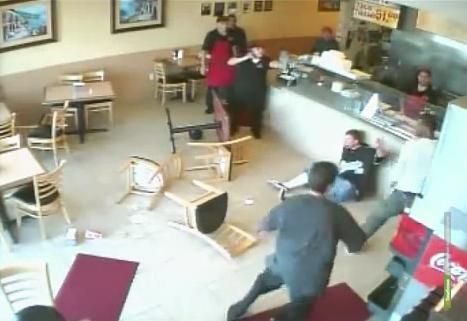 Тамбовчанин попал в больницу после драки в кафе