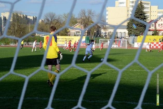 Футболисты из Тамбова обыграли «сталеваров»