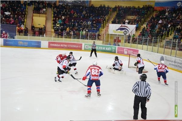 Тамбовские хоккеисты уступили мордовцам во второй игре плей-офф