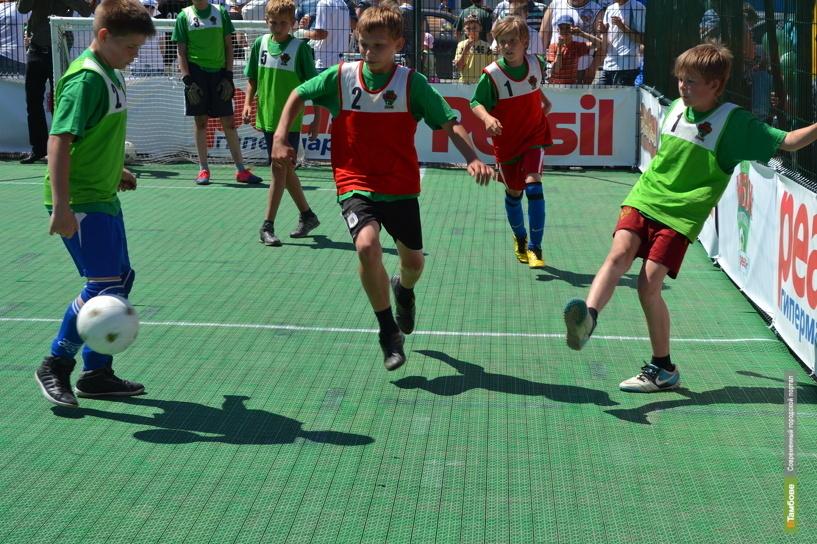 Юные футболисты Тамбова поборются за путевку на «россию»