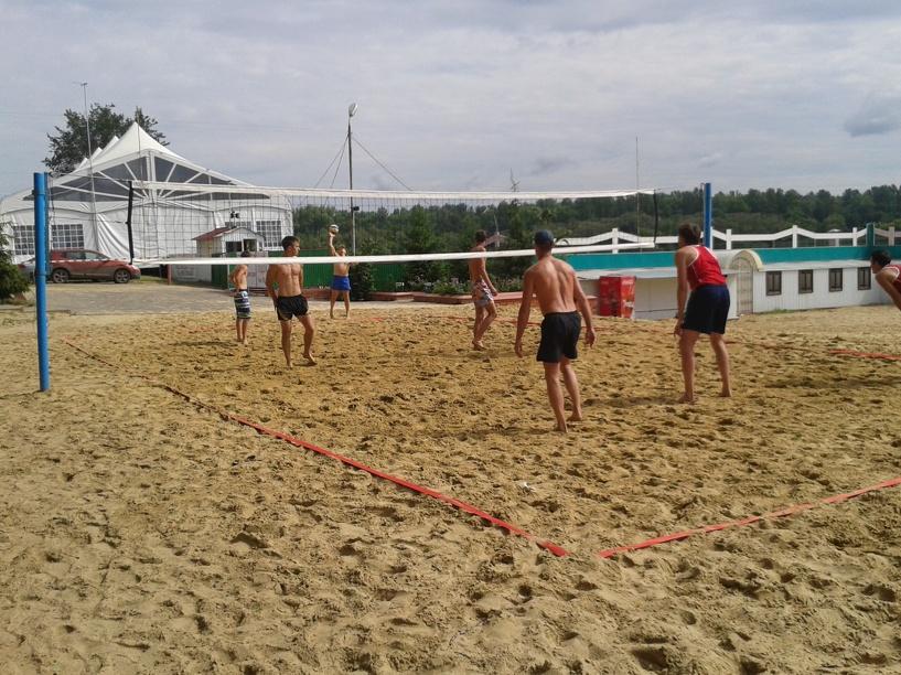 В Тамбове состоялся турнир – открытие пляжного сезона ко Дню города