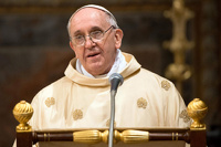 Папа Римский посоветовал священникам ездить на скромных машинах
