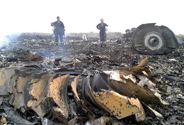 На территории Украины рухнул малайзийский Boeing. Никто не выжил