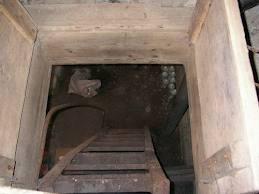 Тамбовчанин спрятался от судебных приставов в погребе
