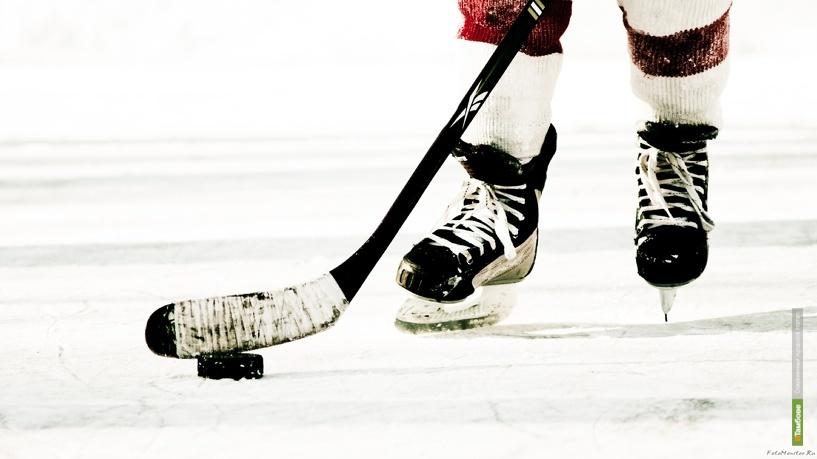 Хоккейный клуб «Тамбов» одержал победу над сборной области