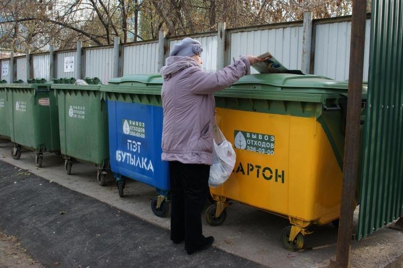 В Тамбове продолжают появляться современные площадки для сбора мусора