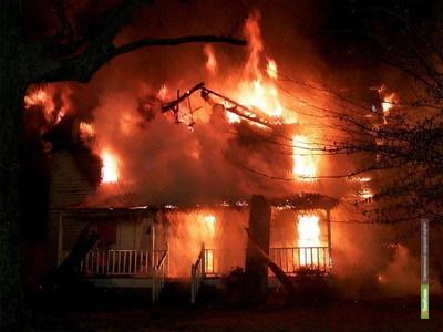 На Тамбовщине сгорели три деревянные постройки