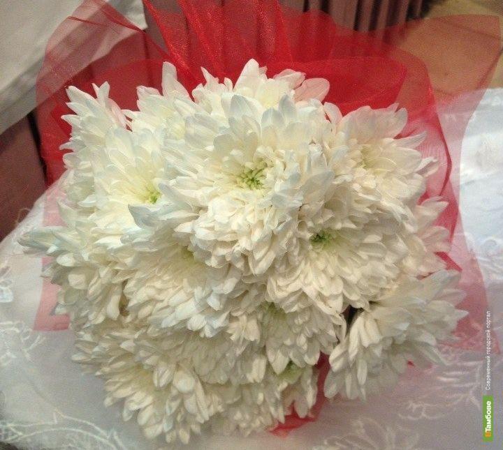 Тамбовчанин украл цветы, чтобы подарить на день рождения сестре