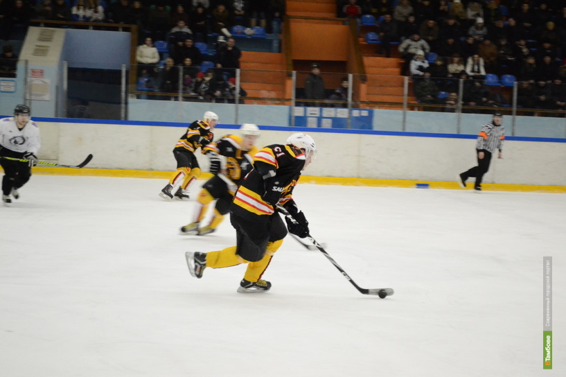 Тамбовские хоккеисты взяли реванш во втором матче с «Кристаллом»