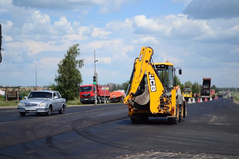 На севере Тамбова в разгаре дорожные работы
