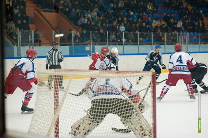 Состоялась вторая игра открытого Чемпионата области по хоккею