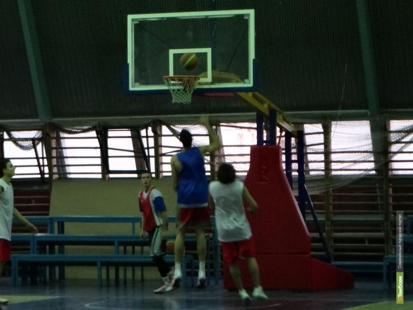 Баскетболисты Тамбова выиграли на домашнем паркете