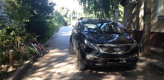 Девочка на велосипеде врезалась в автомобиль на улице Мичуринской
