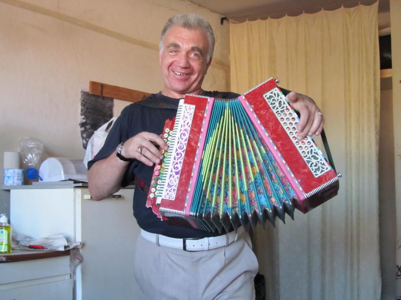 Гармонист из Тамбова искал свою любовь на «Первом канале»