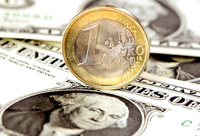 Идет на рекорд: курс евро вырос до 47 рублей