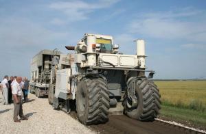 В тамбовские дороги закатают еще 9 миллиардов рублей