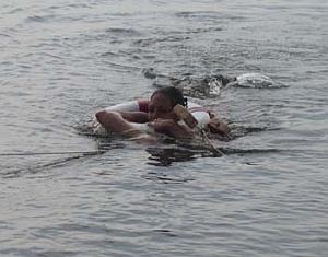 Тамбовские спасатели вытащили из воды трех человек